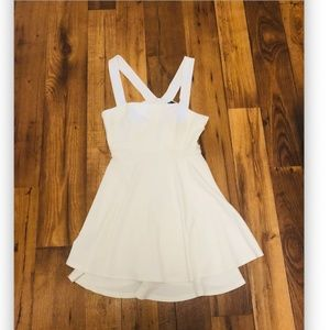 Windsor dress ~white ~ cute for summer Size Medium